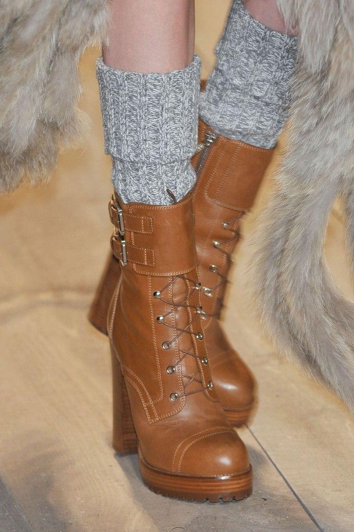 elle-15-michael-kors-runway-boot-with-sock-xln